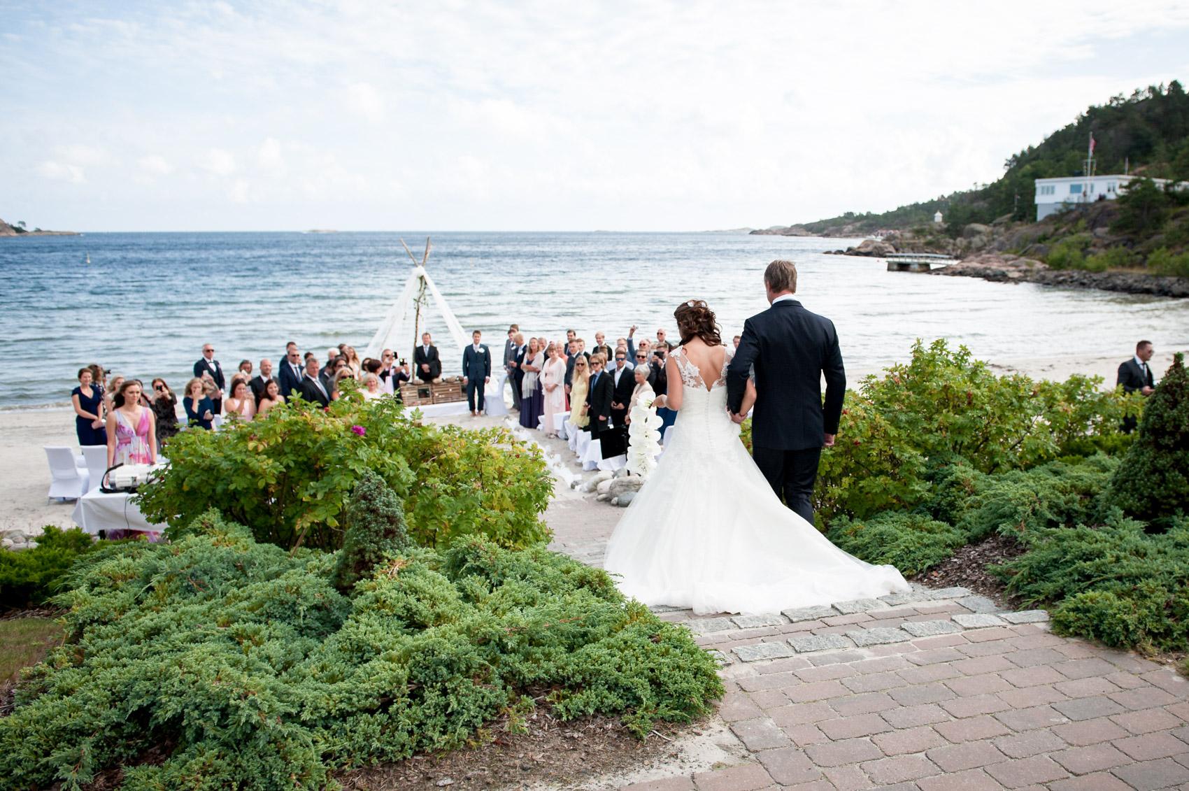 bryllupsfotograf_fevik_strand_hotel_grimstad_-32.jpg