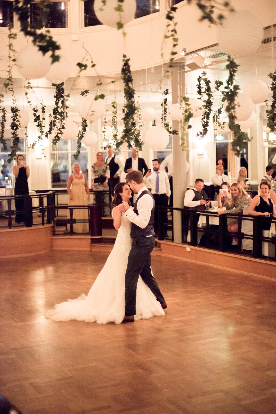 bryllupsfotograf_fevik_strand_hotel_grimstad_-49.jpg