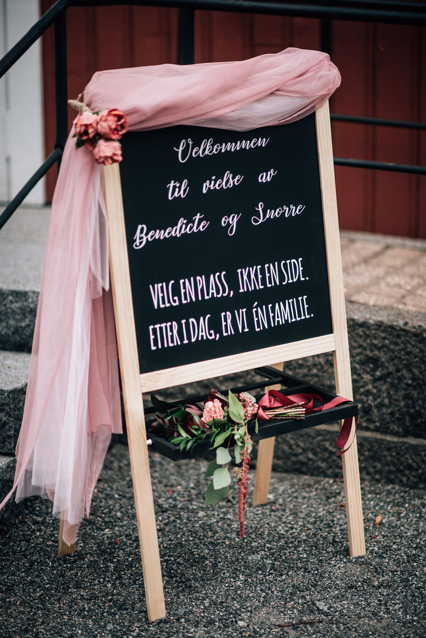 LMV_0104_fotografering_larvik_bryllup_aspargesgarden_.jpg