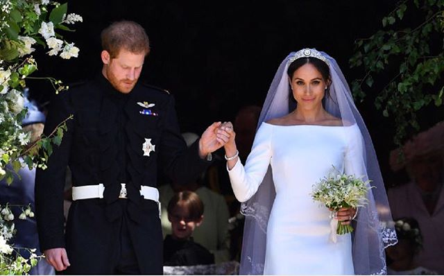 There's nothing like a Royal Wedding! Congratulations to the happy couple 💍🤴🏼👰🏽❤️ #royalwedding #springwedding #meghanmarkle #princeharry #weddingday