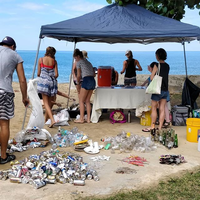 Successful beach cleanup at the Rincón balneario this morning! Lots of families came out to help remove trash from the beach and grassy areas that were frequented during July 4th celebrations. We partnered with @unaolamas to sort and count the waste that came in - some highlights being 253 plastic cups, 45 @gasolinadrink pouches, 58 @medallalight cans, 276 straws and 90 straw wrappers, 59 plastic forks and spoons, 16 six-pack rings, 88 plastic bottles, 228 cigarette butts, 43 glass bottles and more!!! Insane!! Thanks to Bernadette Kelly @familyliferedefined for organizing this event and to Leslie for depositing of the recyclables to Rincon and the glass bottles and cans to Earthships.  #puertorico #letsdosomescience #takethreeforthesea #plasticsucks #oceanconservation #coralreefs #cleanbeaches