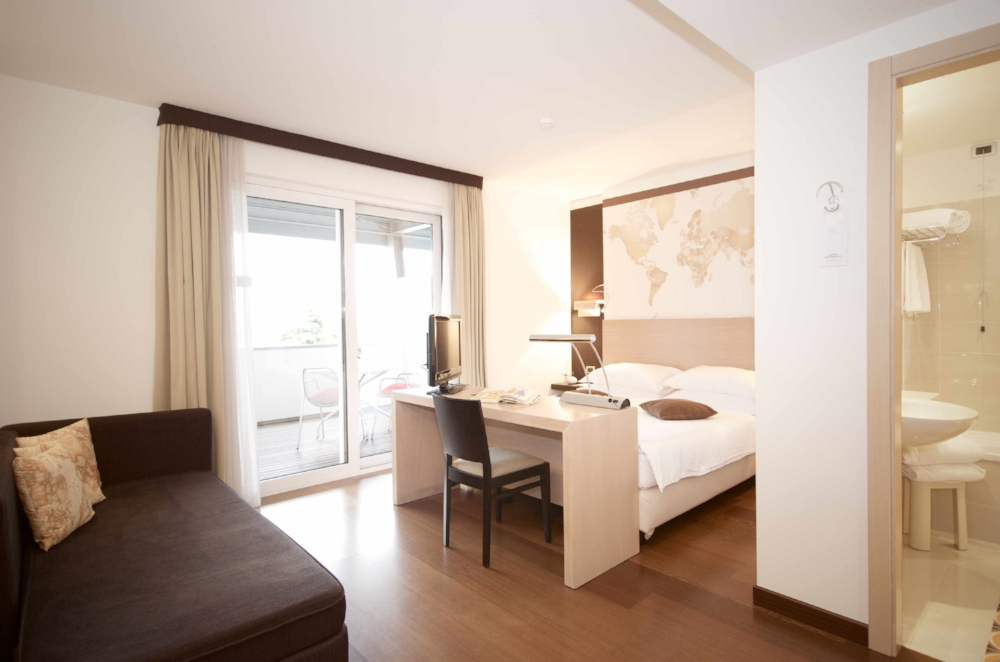 map+ room|hotel luise riva del garda 01