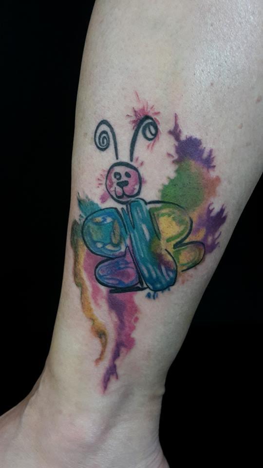 fionverse-gil-tattoo-butterfly-schmetterling-bunt.jpg