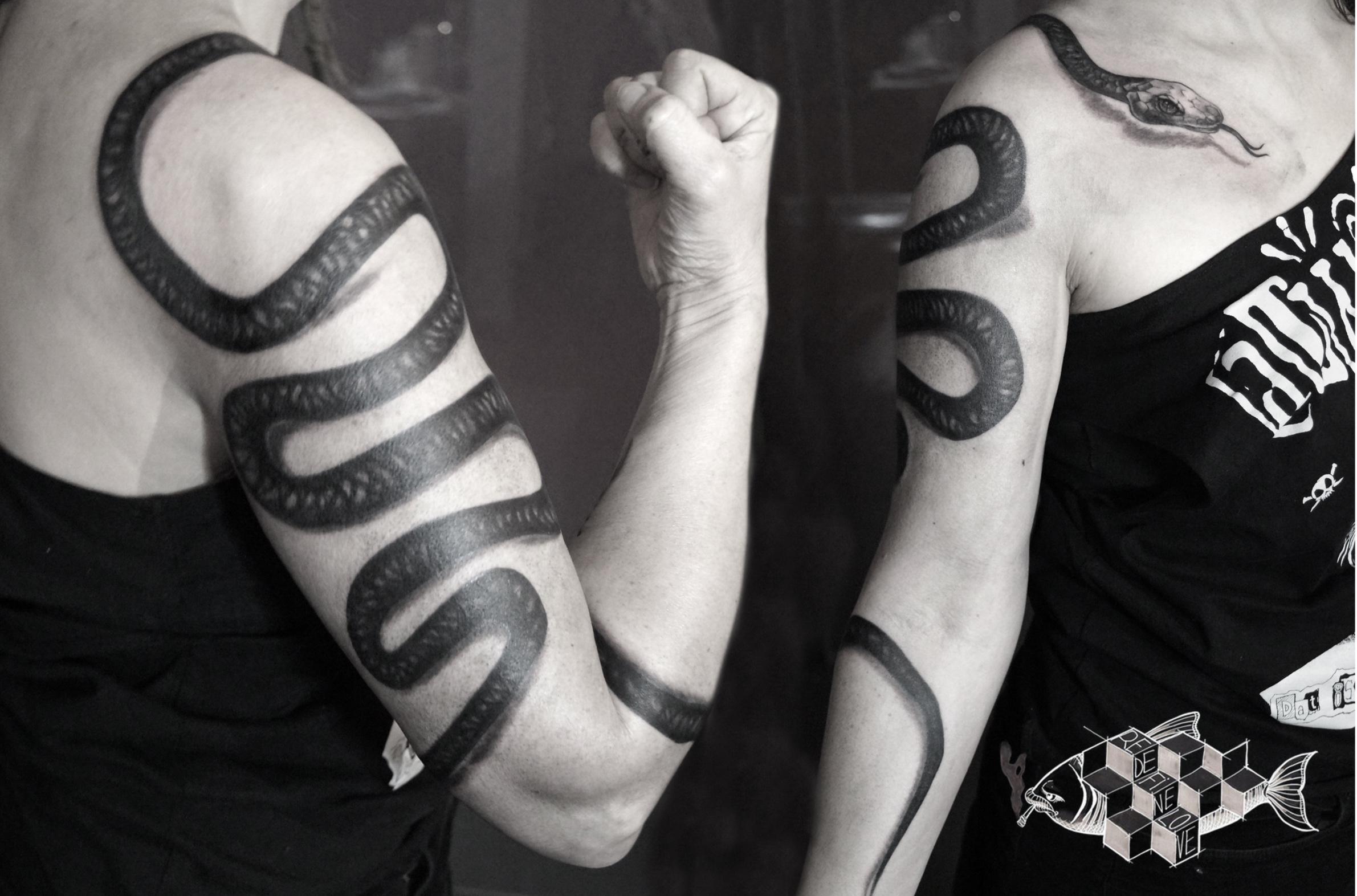 fioniverse-gil-snake-tattoo.jpg