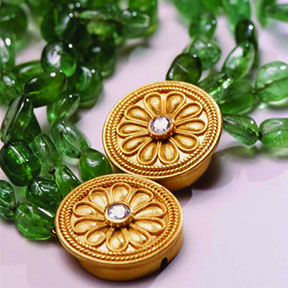 22K Gold , Rose Cut Diamond & Emerald