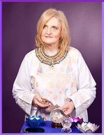 Elisabeth is a former registered nurse who is now a spiritual healer & multiple award-winning psychic.