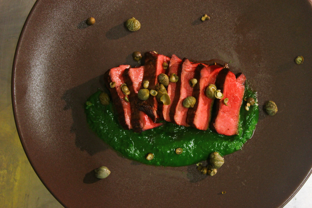 Ox heart, capers, parsley, green peppercorns