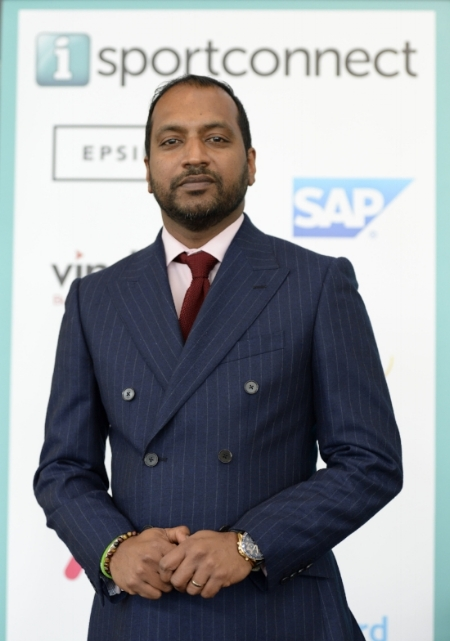 - In an industry where communication, networking, and knowledge of the latest trends and practices is essential to success, iSportconnect gives its members exactly that.Today, we chat to the man behind it all: Sree Varma, Founder and CEO of the largest global private network of Sports Business Executives. If there's one man that may have the inside scoop into where this industry is headed, it's him.