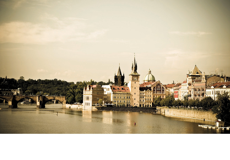 Prague_River.jpg