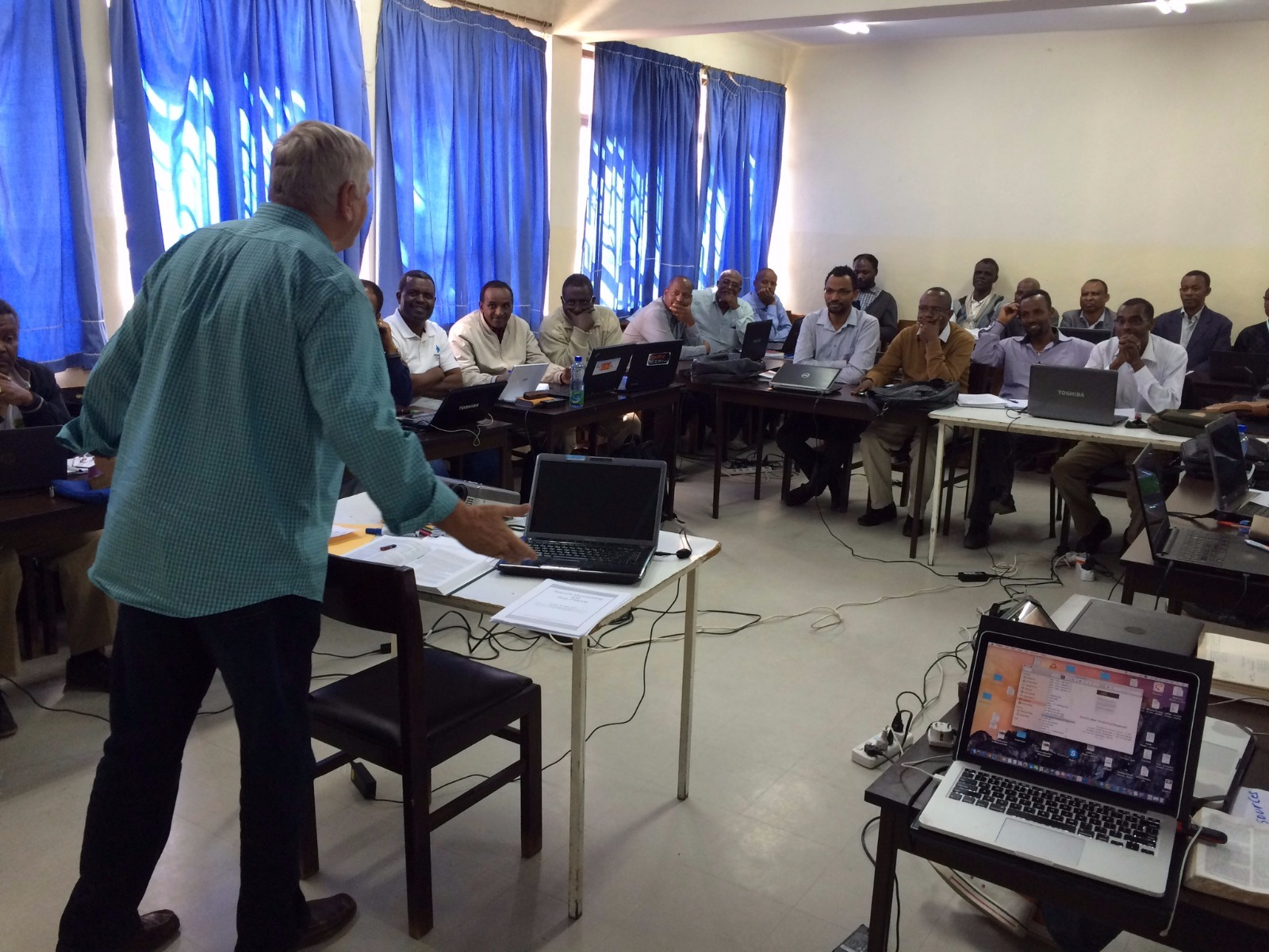 Joe Harding of SIM met with the Doctor of Ministry students in December 2015.