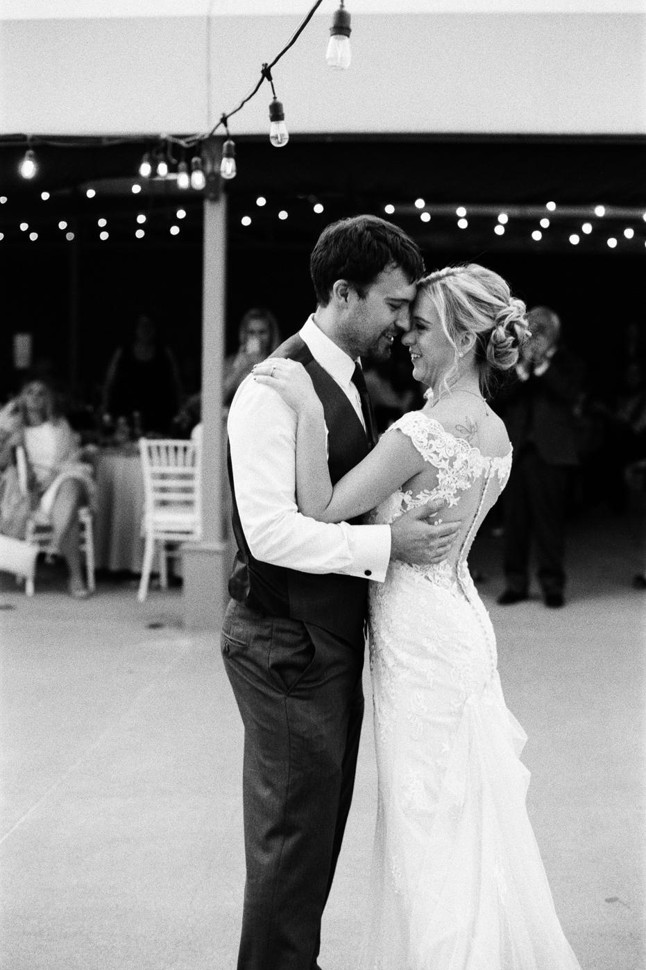 kristen_chris_wedding_025.jpg