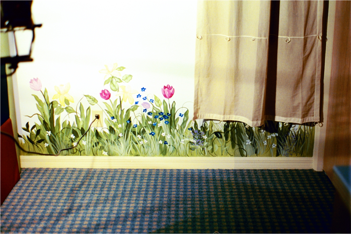 border_tulips.jpg