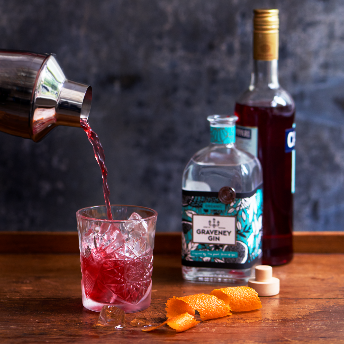 Negroni Pouring Graveney Gin.png