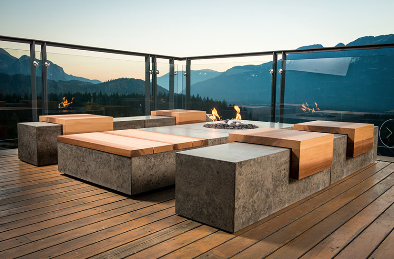 FIRE BOWLS AND FIRE FEATURES