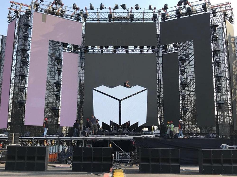 Deadmau5 At EDC Mexico - Scaffolding