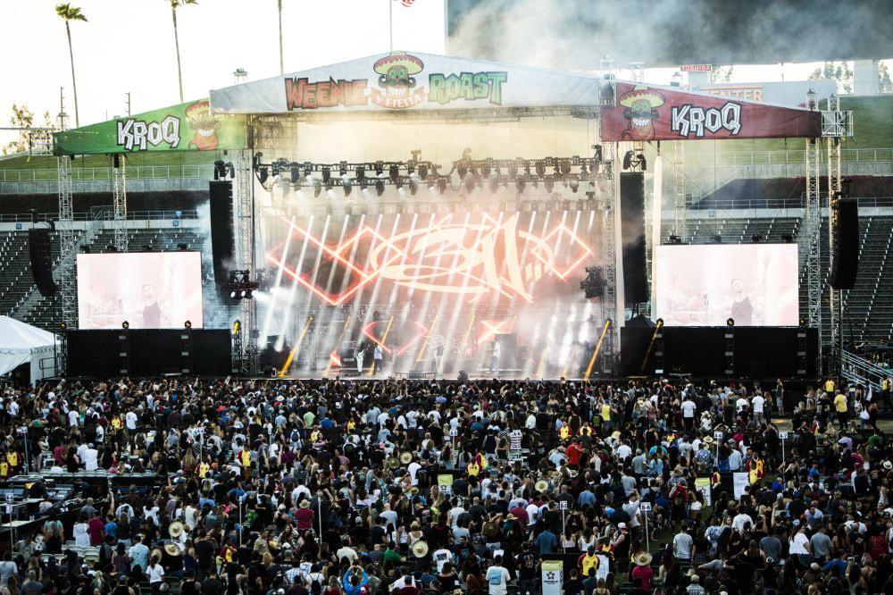 KROQ Weenie Roast - 311 - Stage, Roof Custom Vinyl Mesh Print Goods