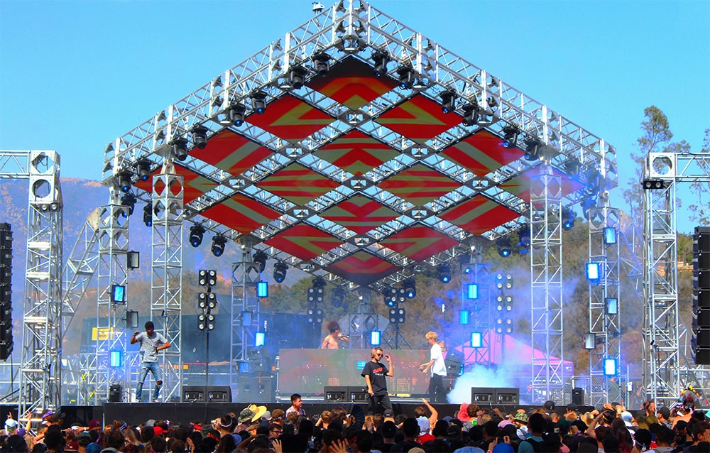 HARD SUMMER - Purple Stage - Staging, Custom Stage Structure