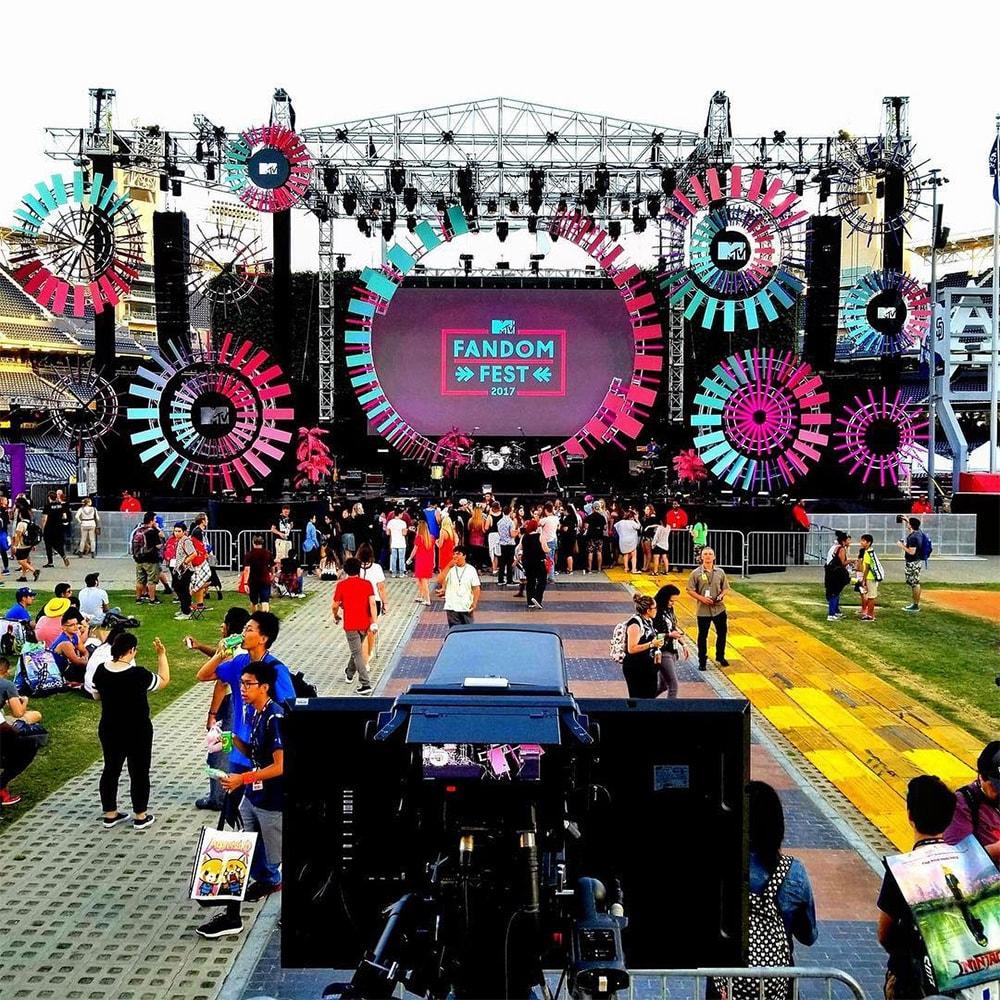 MTV Fandom Fest Main Stagetruss Structure