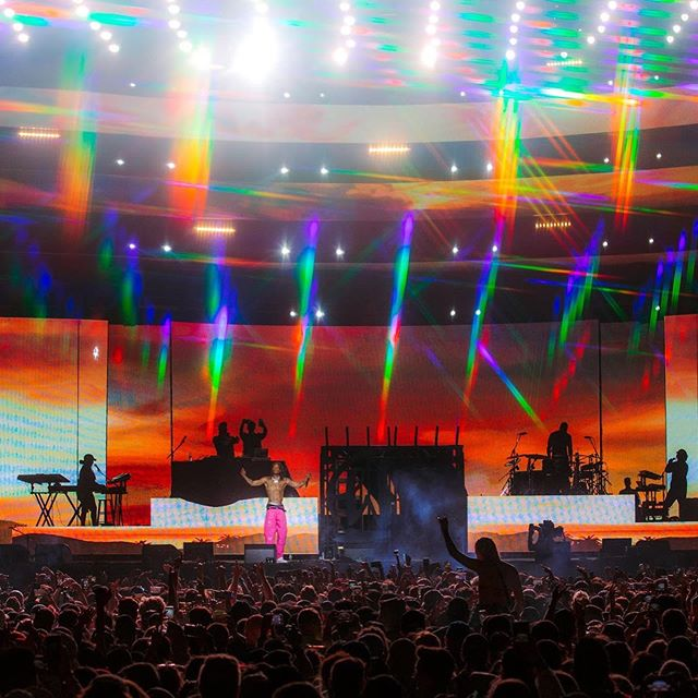 Take us back to @wizkhalifa in the #SaharaTent! We fabricated the custom tunnel, WK brackets & video attachment package for his @coachella performances 💯 // 📸: @coachella