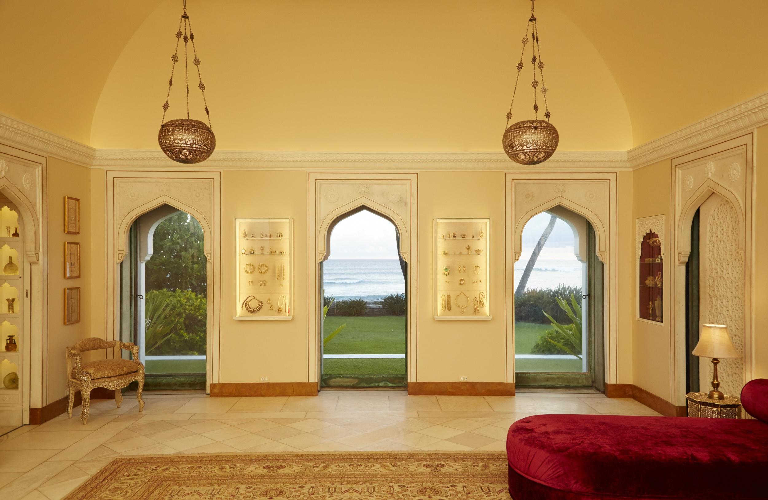 Mughal Suite bedroom after preservation work in 2014. © 2014, Linny Morris, courtesy of the Doris Duke Foundation for Islamic Art, Honolulu, Hawai'i.