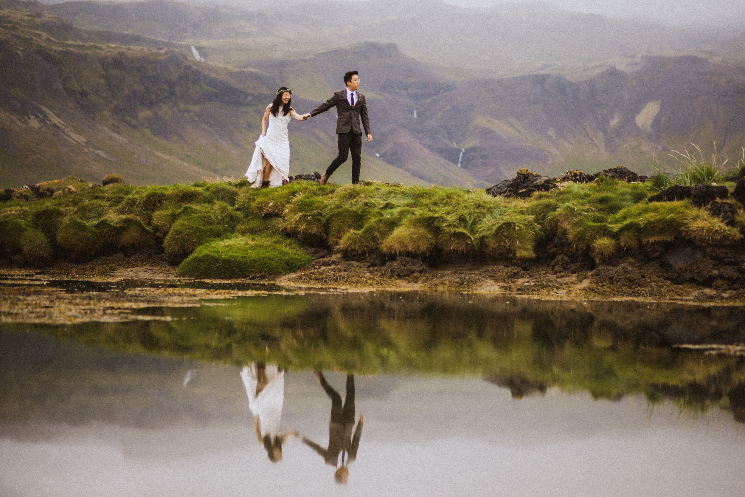Best-wedding-photographer-in-iceland-kristin-maria44.jpg