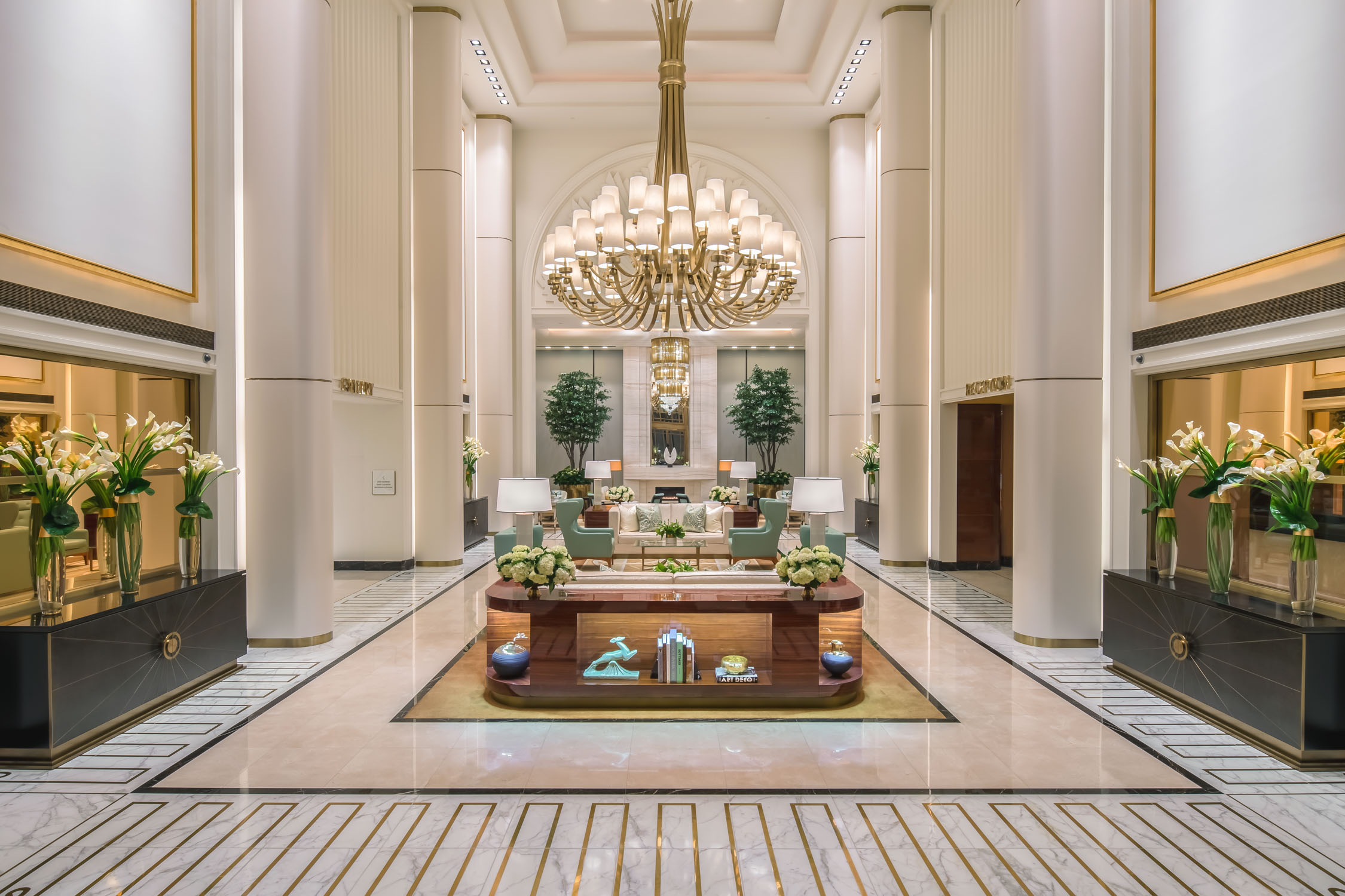 Waldorf Astoria Beverly Hills Lobby