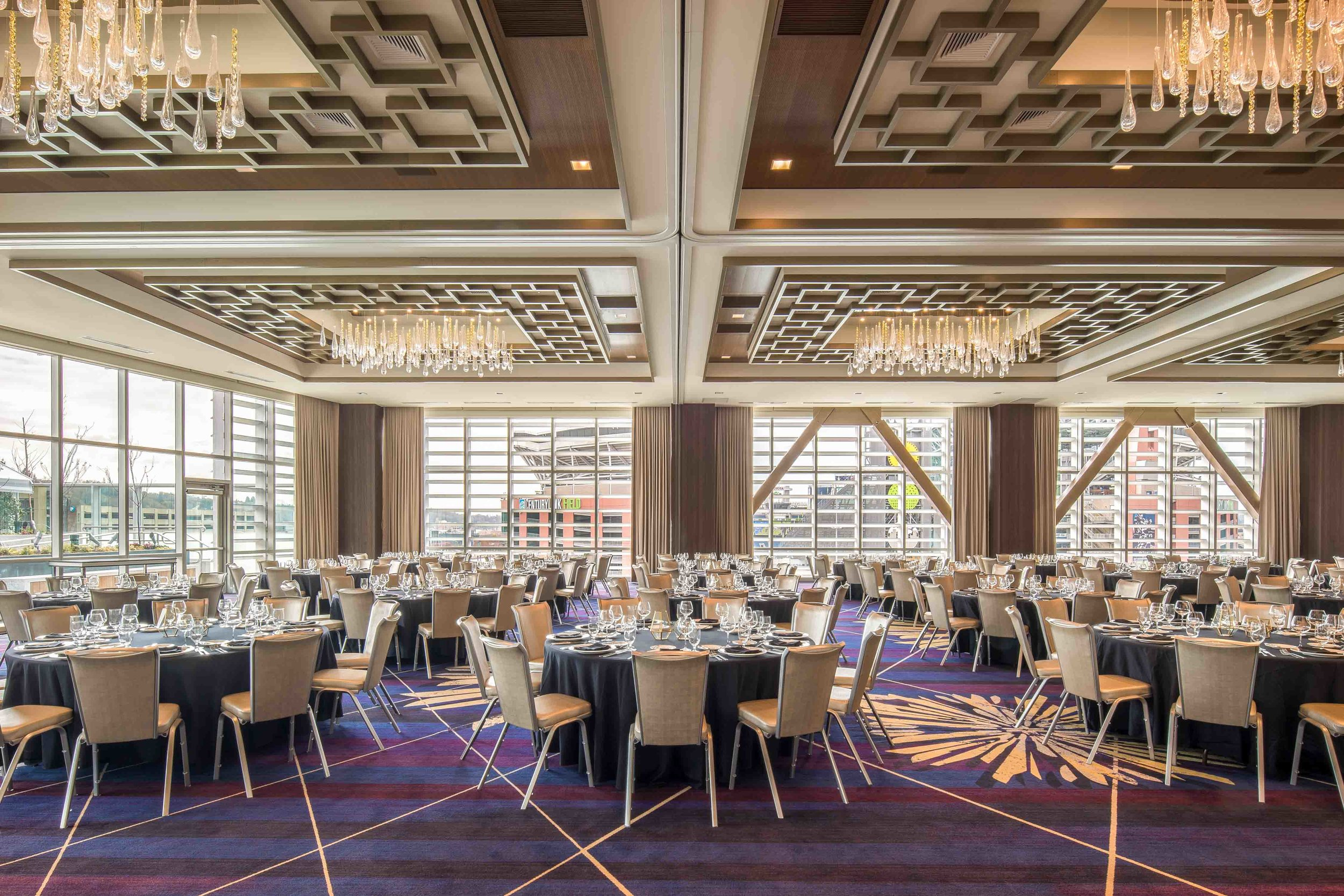 EmbassySuites_Seattle_Downtown_Meeting_King_Street_Ballroom.jpg