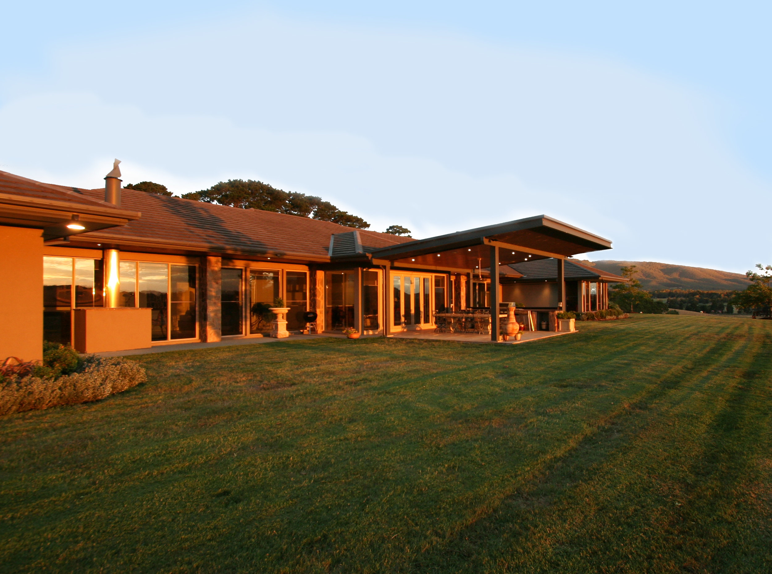 Sprawling rural home, overlooking fertile acreage of the Yarra Valley - Design: Matclair Designs  Construction & PM: Matclair