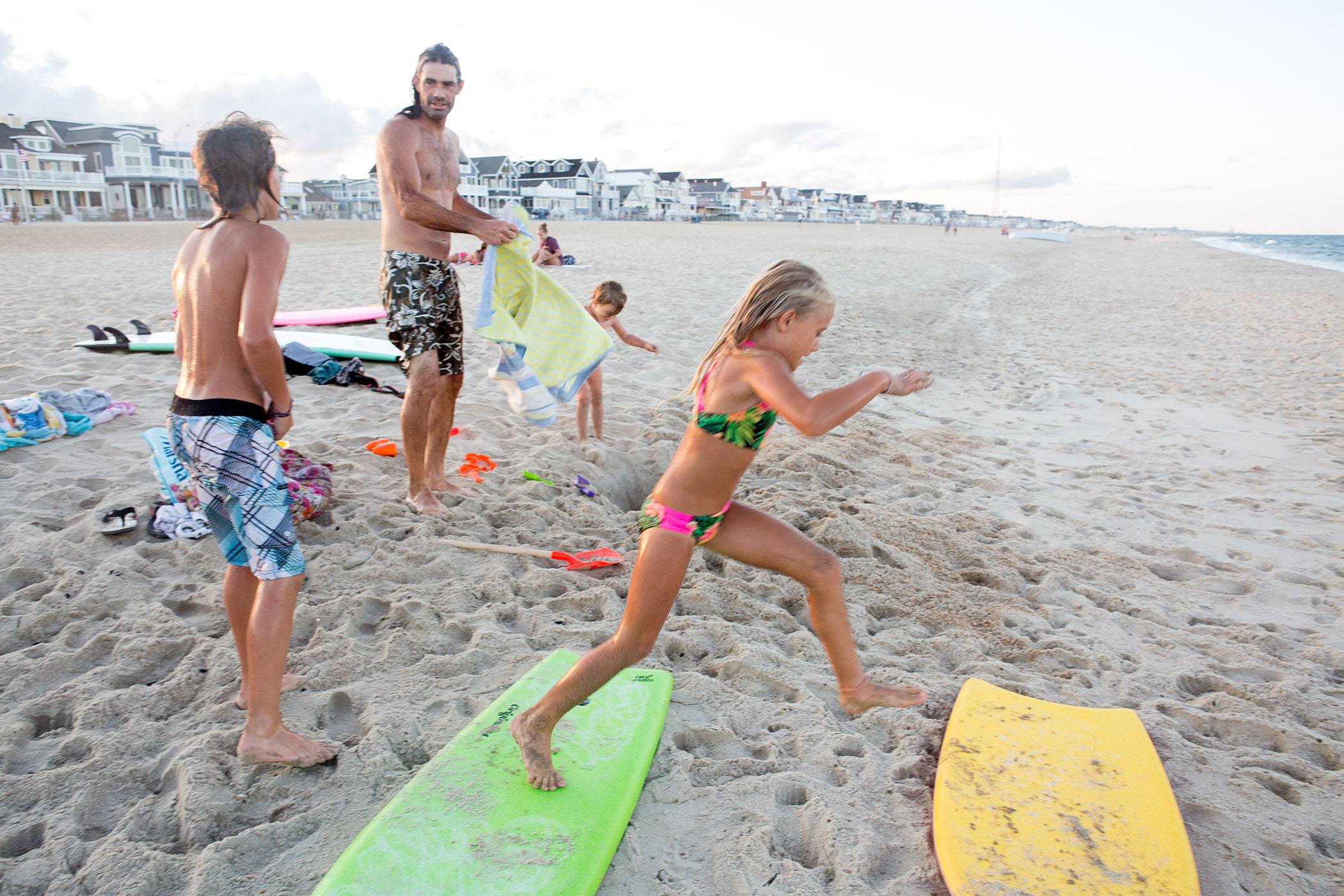 beachfam_WEX5882.F.jpg
