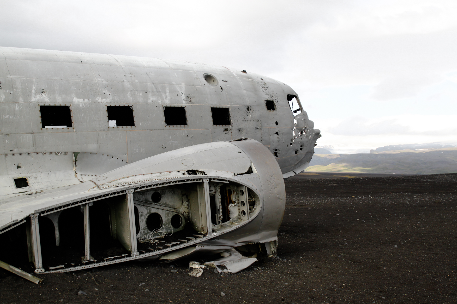ICELAND US NAVY AIRPLANE