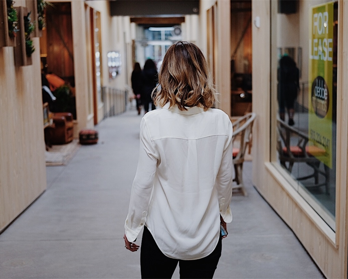 weekend style white shirt