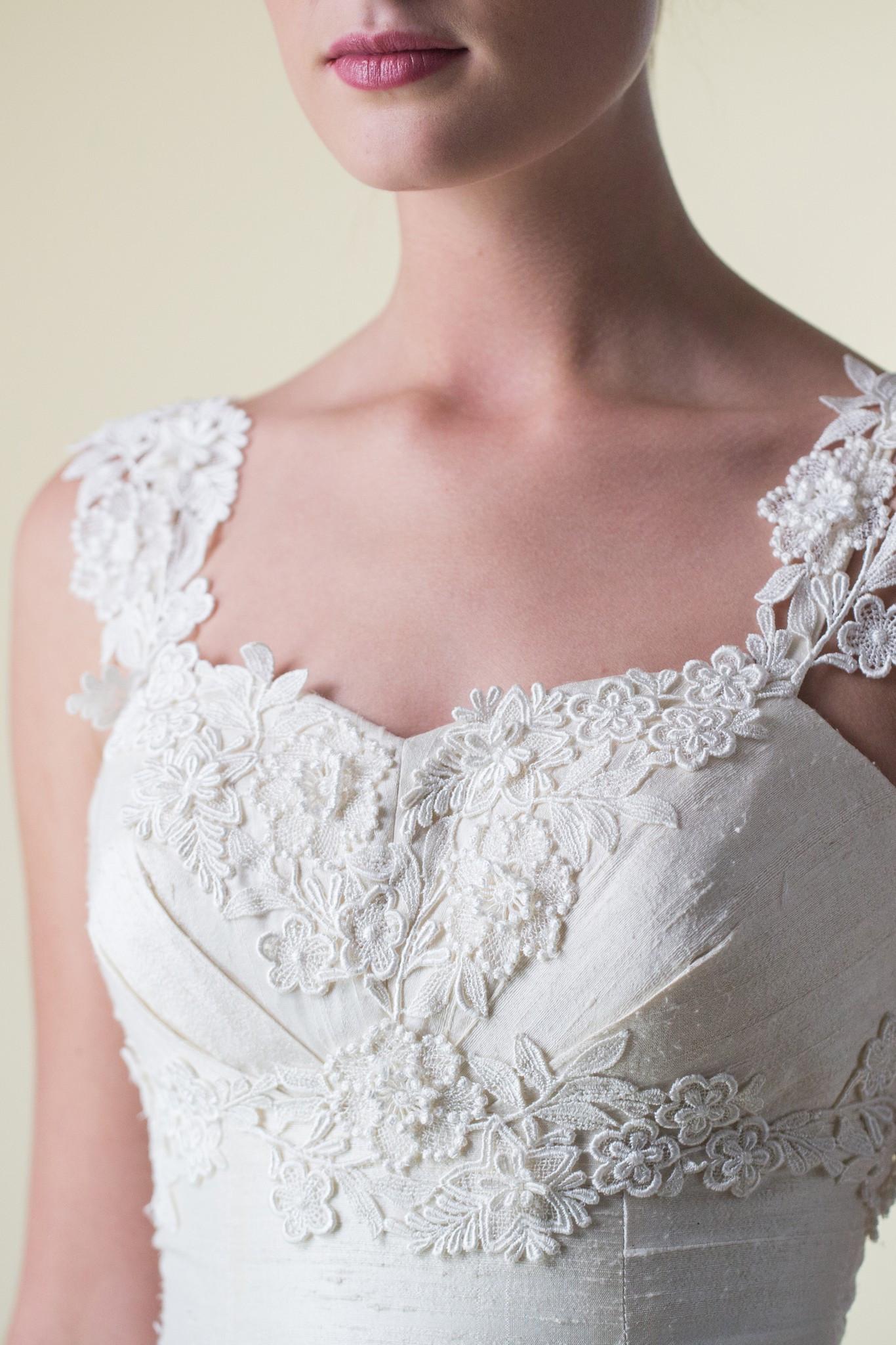 pretty ethical wedding dresses