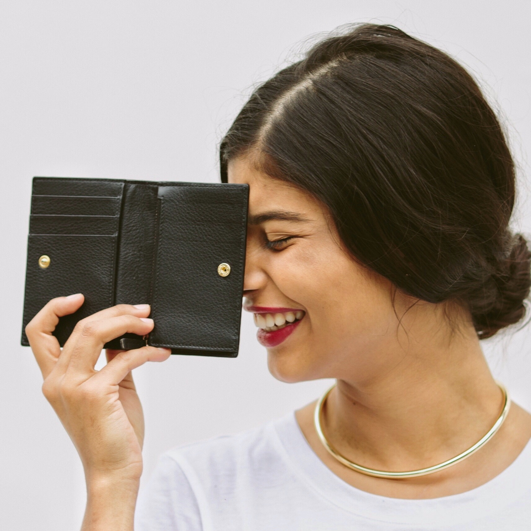 SIMPLE WALLET | $110 - Inspired by a man's wallet,Velé has added some femme & functionality to the classic bi-fold. Handcrafted in Spain, this wallet is made consciously from materials to manufacturing. (Take 20% off with code SELFLESSLYSTYLED20)