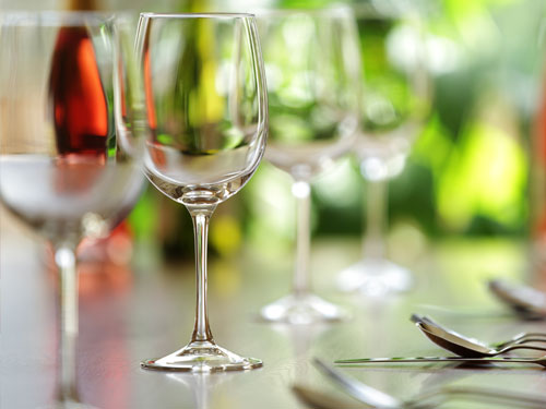 finicial-logistics-importing-wine.jpg