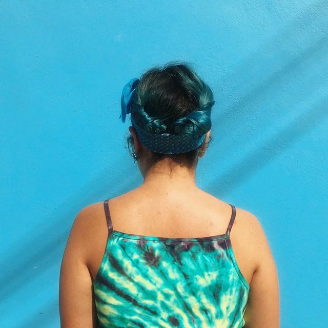🏖 streets of #puertoescondido🏝  #hair #video #videotutorial #hairtutorial #hairtutorials #hair_videos #behindthechair  #hairstyles #hairdo #braid #wavy #blue #braids #hairoftheday #hairideas #braidideas  #coolhair #pelo #peinados #trenzas #trenza #peinado #tutorial #bluehair  #beach #beachhair #HERHAIRTRAVEL