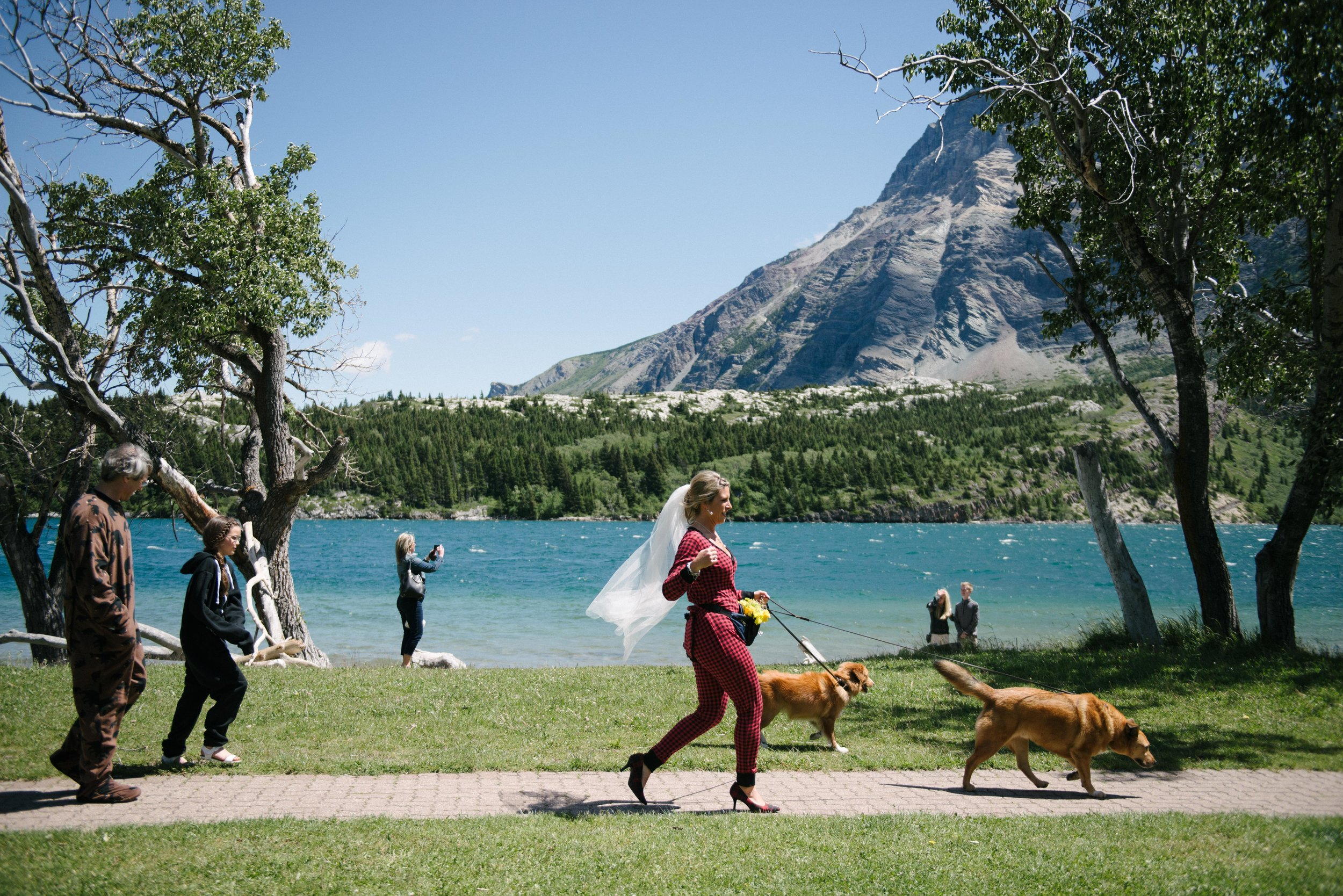 Waterton Alberta Wedding-19.jpg