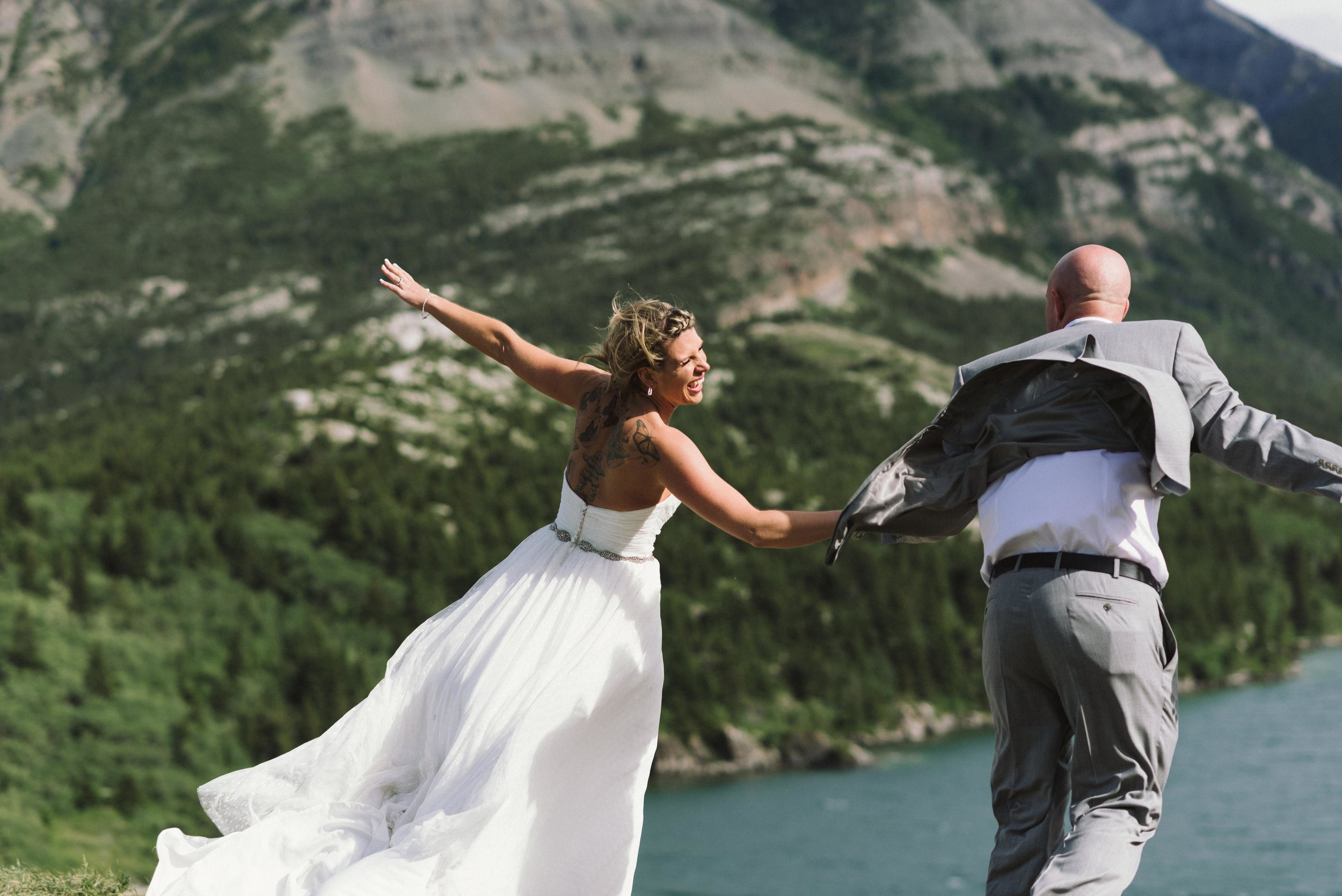Waterton Alberta Wedding-155.jpg