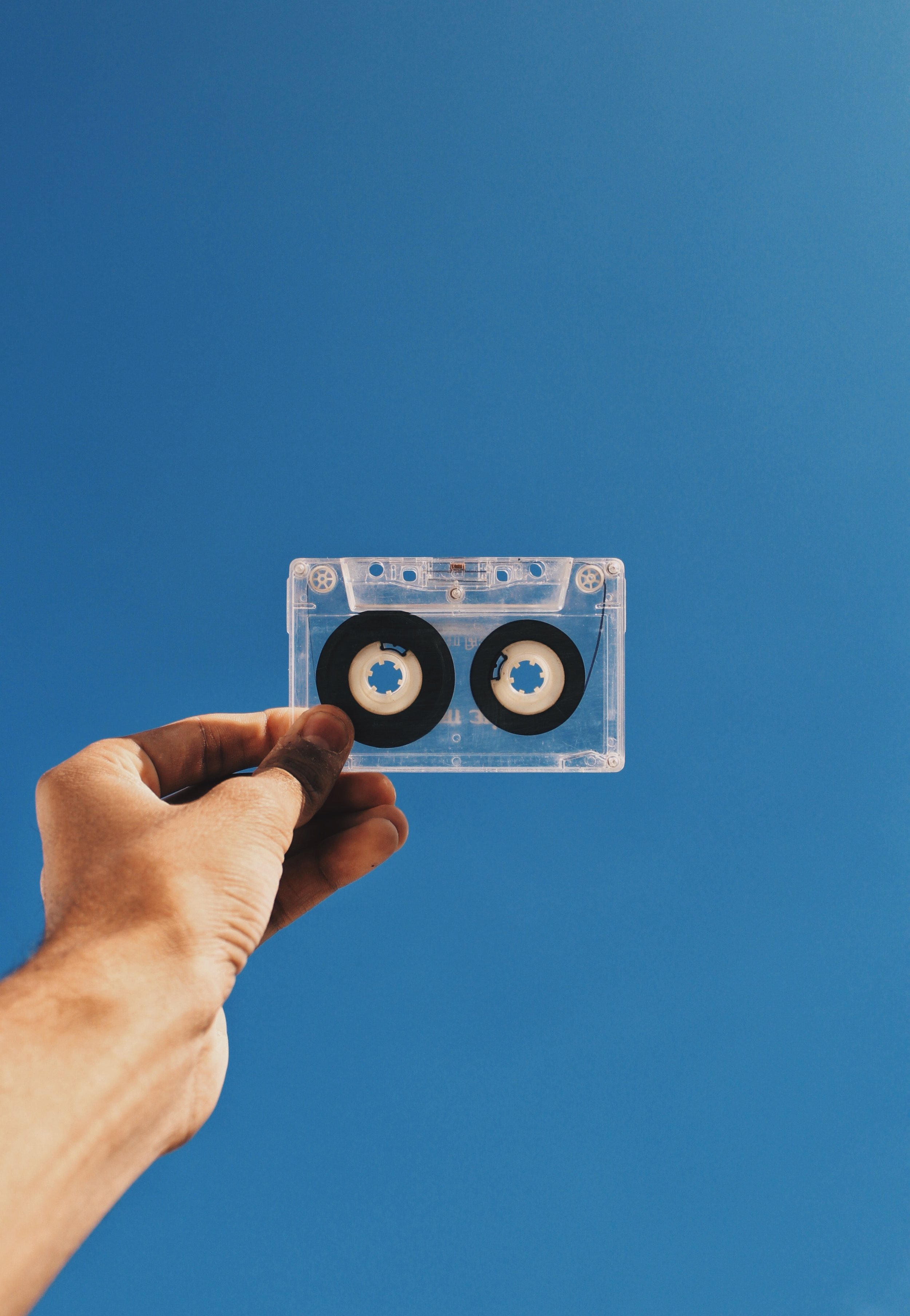 analogue-cassette-cassette-tape-1760826.jpg