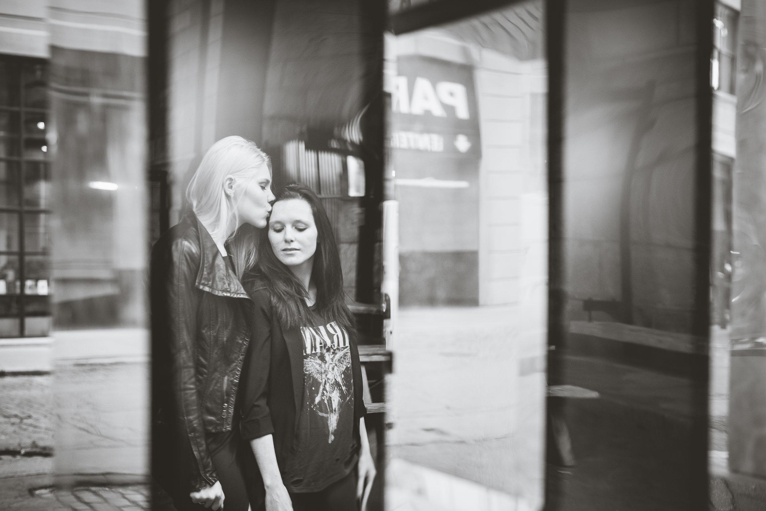 Alexa&Emily Dumbo NYC Couples Session (19).JPG