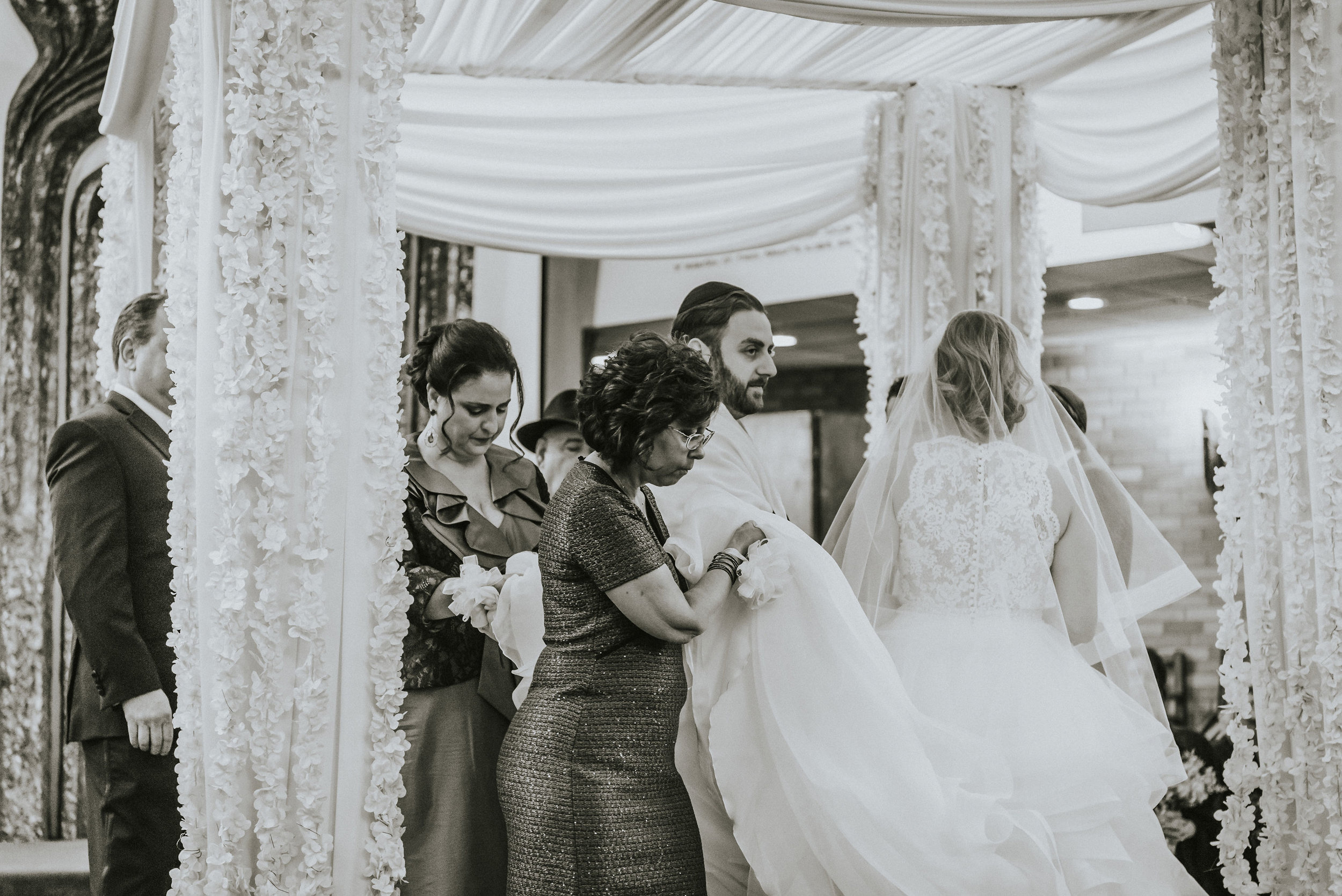 Ilyse and Max - The Sephardic Temple of Cedarhurst Wedding Long Island NYC 067.jpg