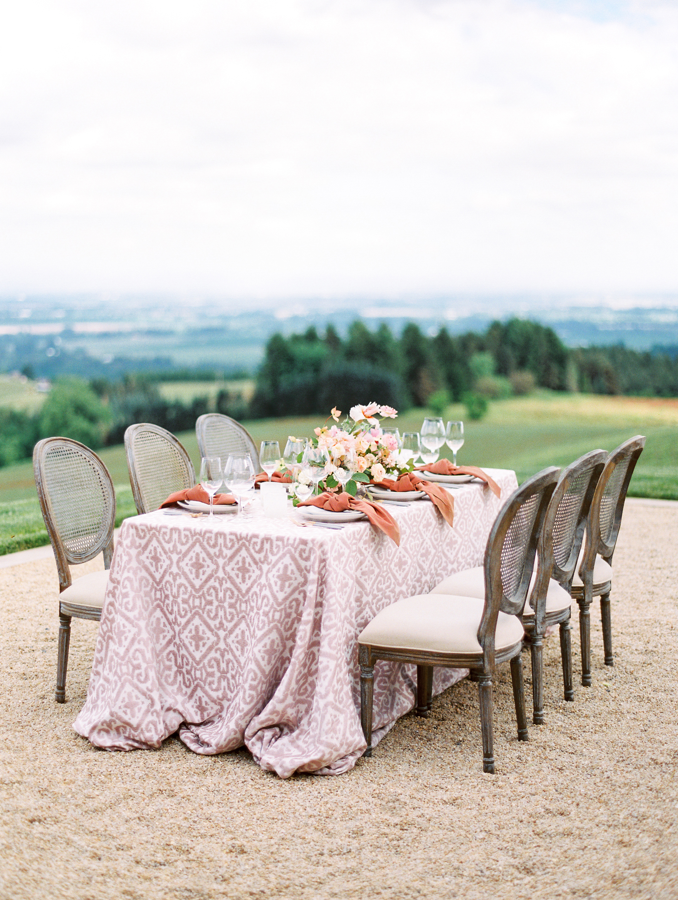 Oregon_Wine_Country_Wedding_Black_Walnut_Inn_11