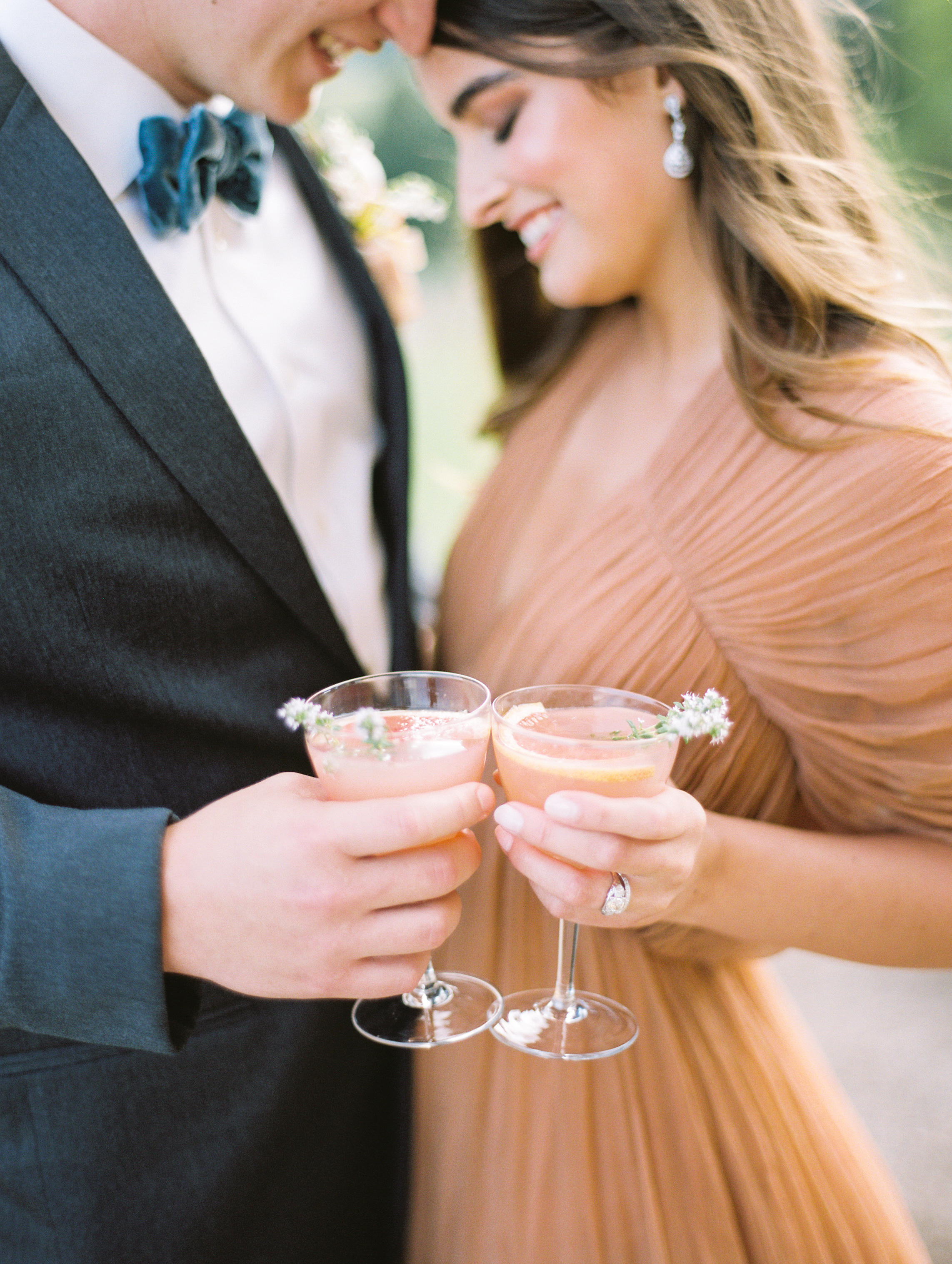 Oregon_Wine_Country_Wedding_Black_Walnut_Inn_14