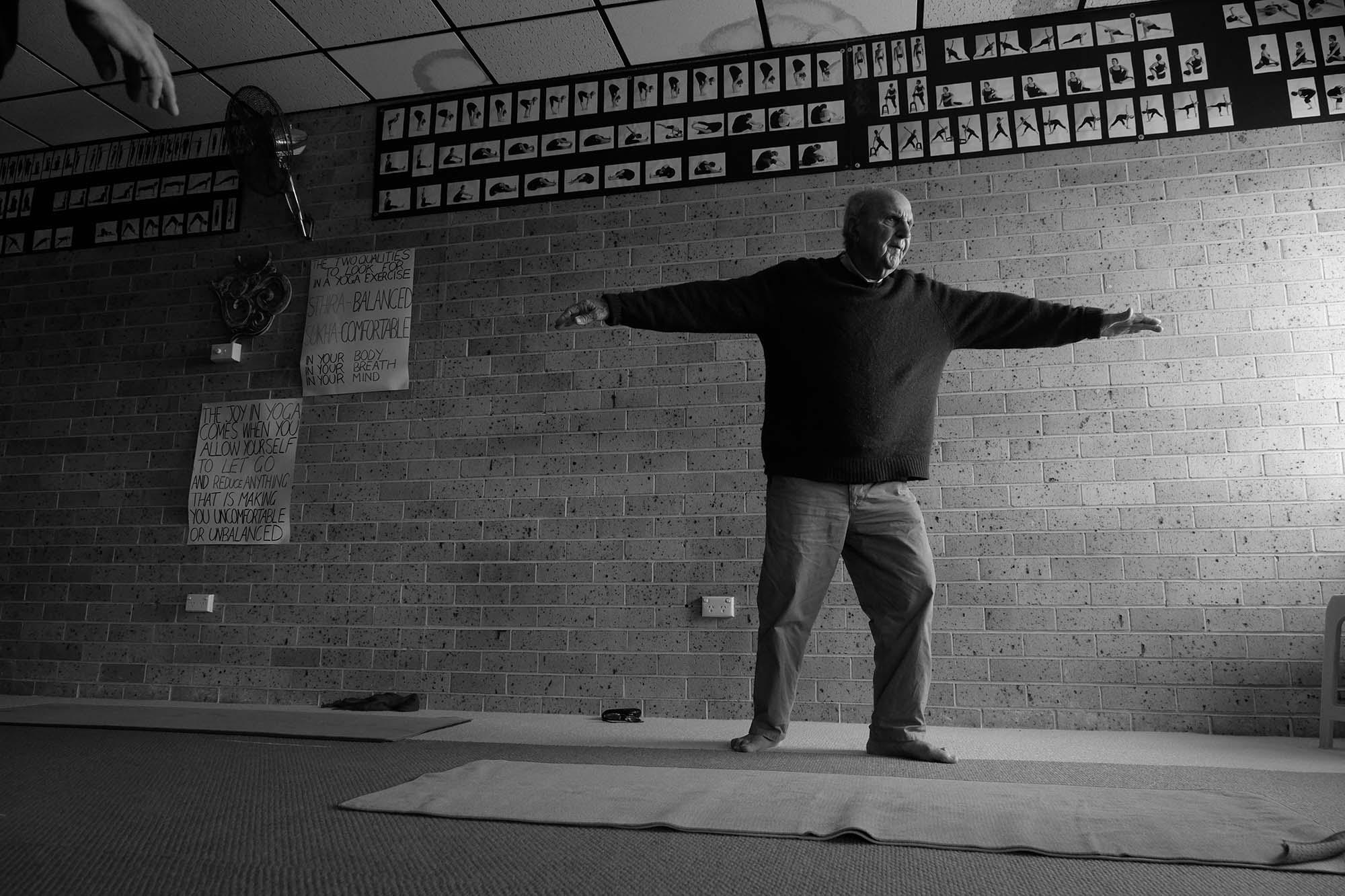 dad yoga resizedDSCF2306.jpg