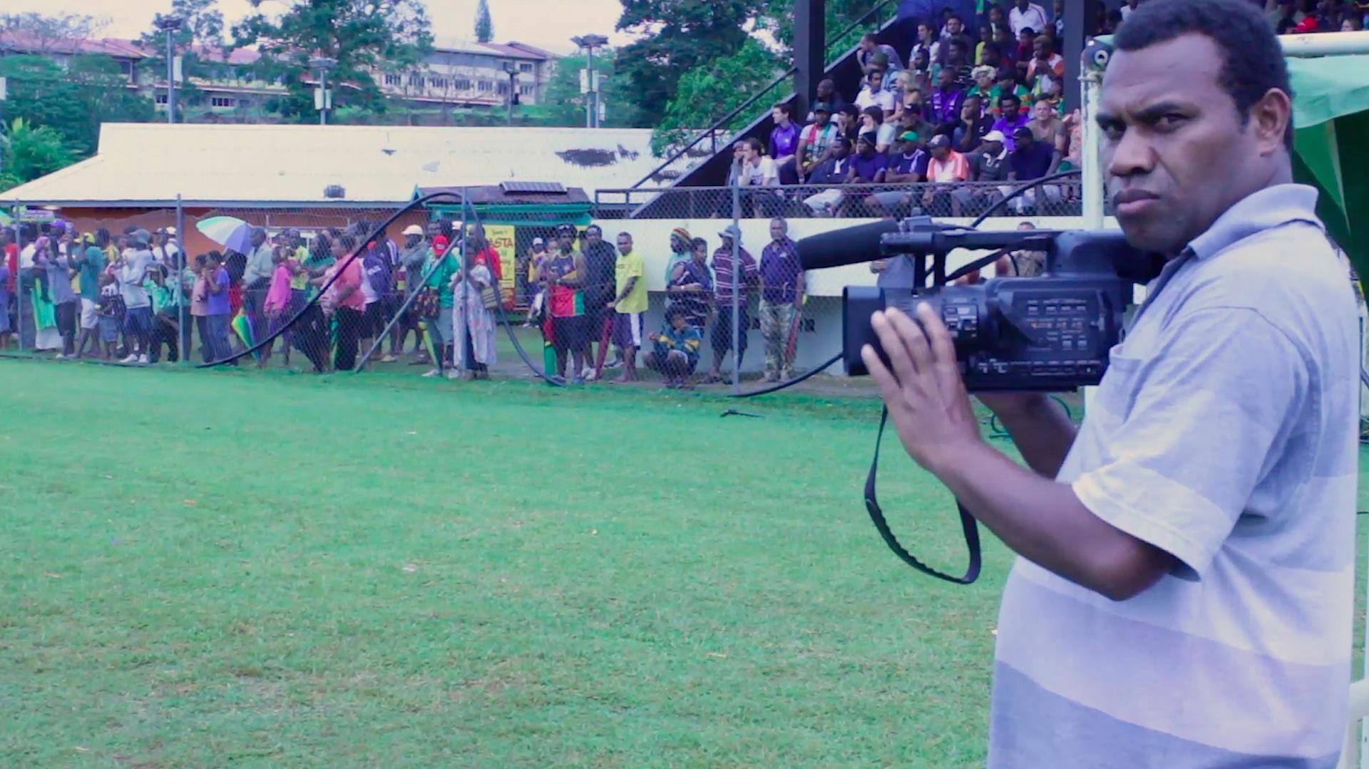 12 Cameraman.jpg