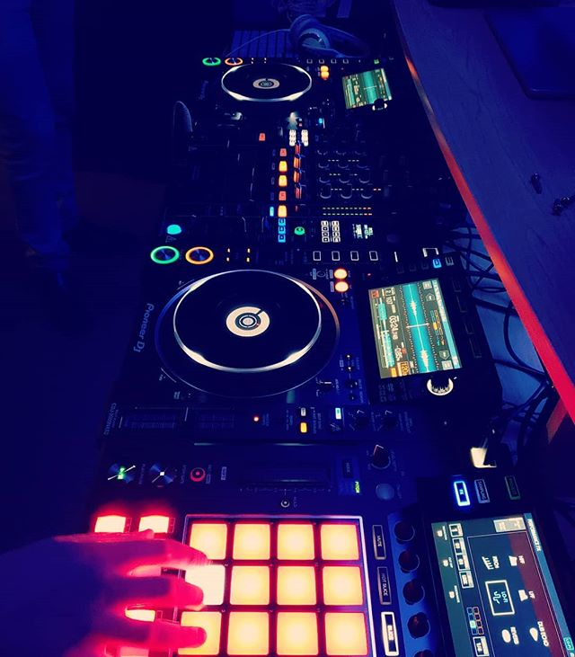 Just another day at the office.  #kmglife #cdj #pioneer #djatwork #electronicmusic #gear