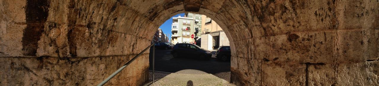 18-02-2015 16:17:13  Lapa, Lisbon, Portugal