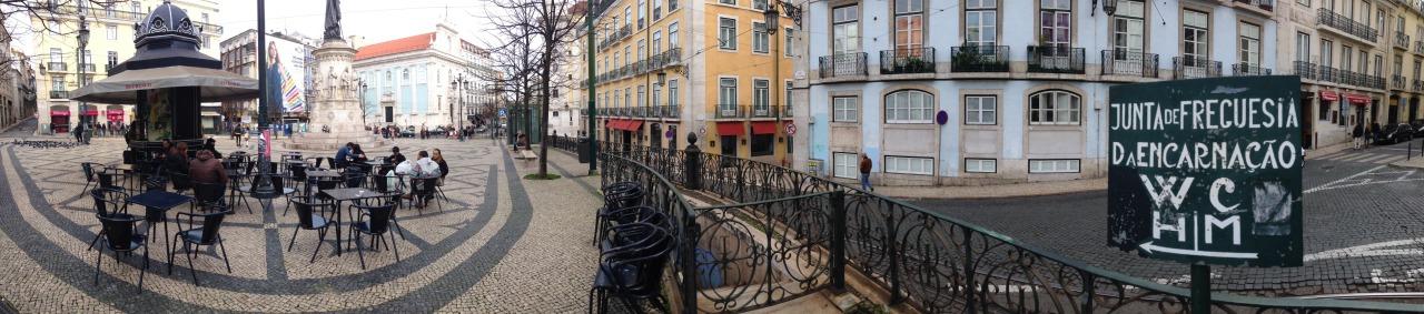 17-01-2015 14:26:46  Largo Camões, Lisbon, Portugal