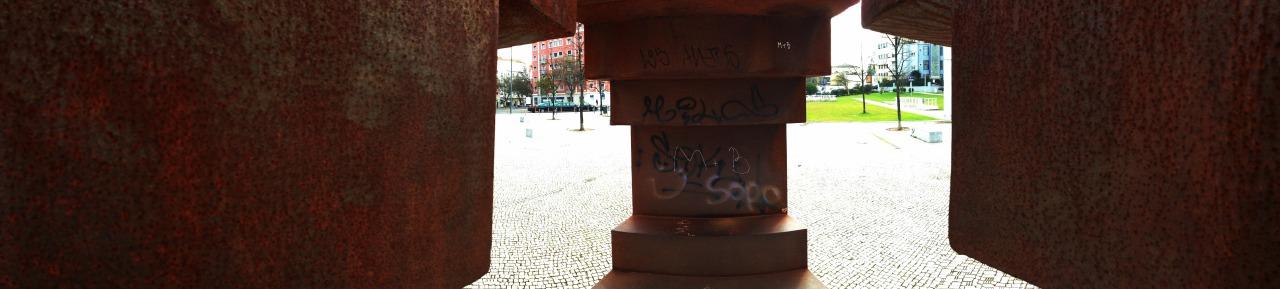 23-12-2014 12:28:36   Praça de Londres, Lisbon, Portugal