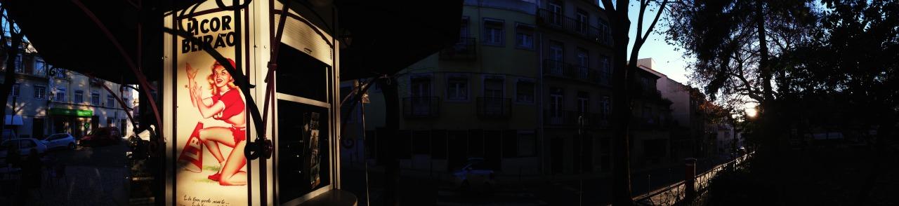 18-12-2014 16:39:31   Praça das Flores, Lisbon, Portugal