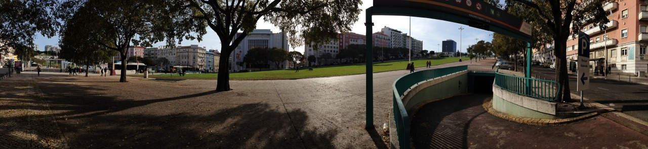 08-12-2014 13:44:33   Alameda Afonso Henriques, Lisbon, Portugal